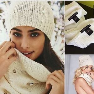 Victoria's Secret Bling Infinity Scarf Beanie Set
